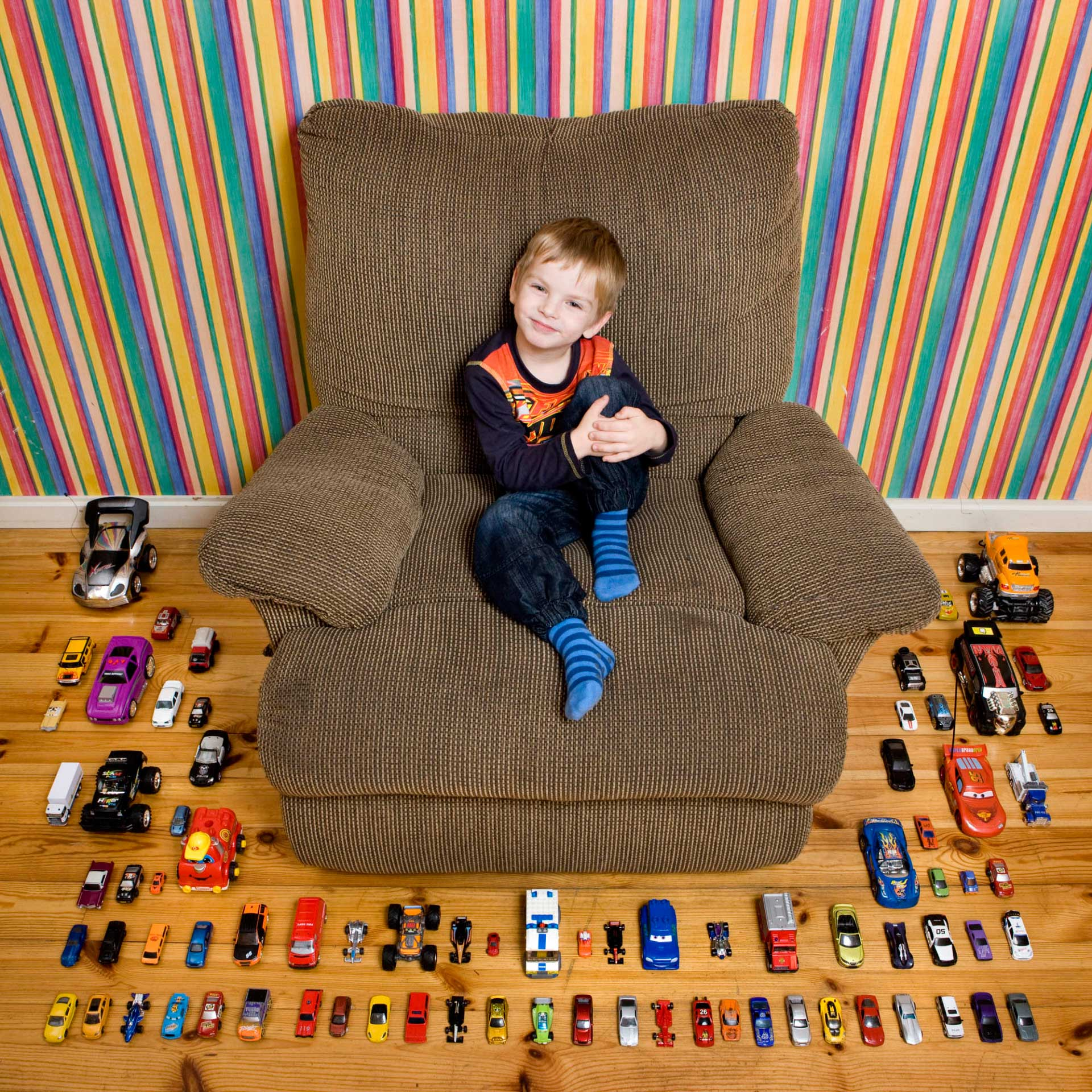 Children and Their Toys in Various Countries of The World