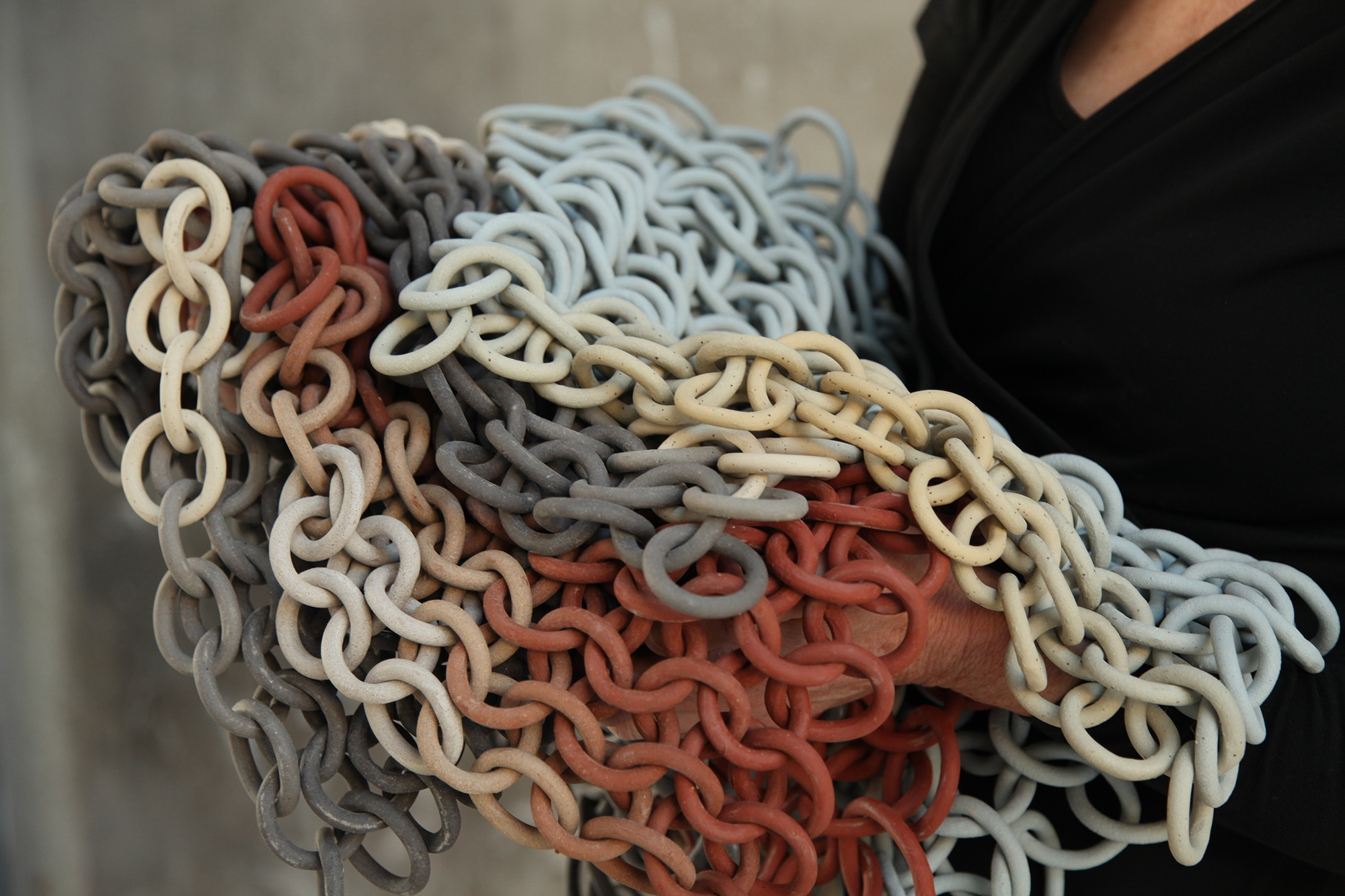 Meandering Ceramic Chains by Cecil Kemperink